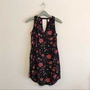 Old Navy | Black Floral Sleeveless Shift Dress